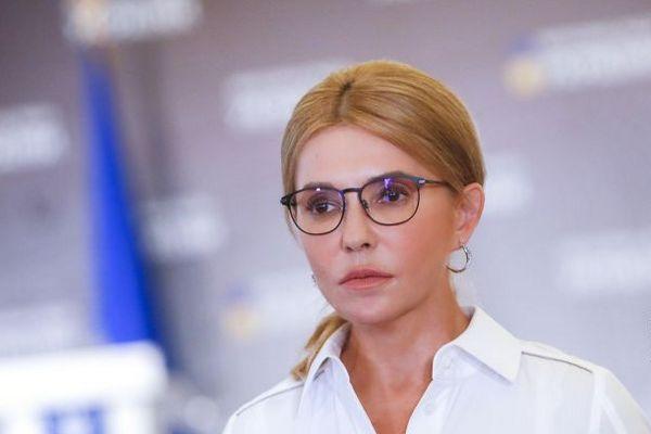 Тимошенко призвала украинцев не продавать паи после открытия рынка земли