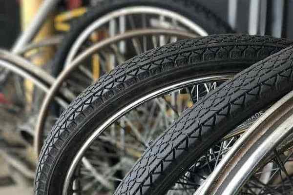 Когда нужно менять шины на велосипеде