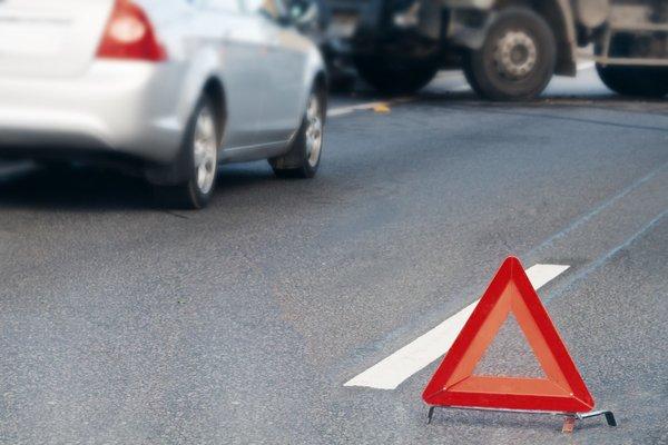 В Запорожье иномарка въехала в маршрутку, пострадало 13 человек