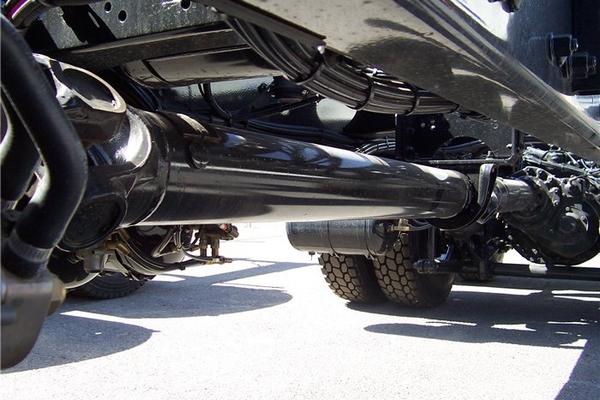 Когда требуется ремонт карданного вала?