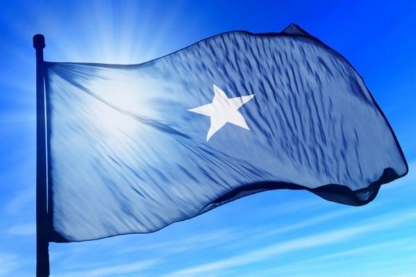По меньшей мере восемь человек погибли в результате взрыва в столице Сомали