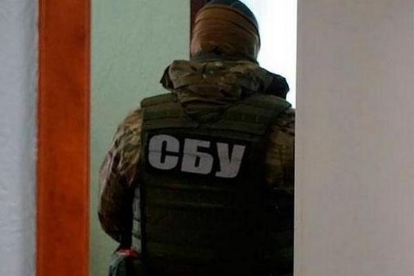 Облагали «данью» бизнесменов: СБУ поймала на горячем таможенников в Борисполе